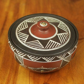 Handcrafted Sese Wood 'Odo' Decorative Bowl (Ghana)