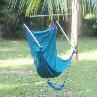 Handcrafted Nylon 'Nusa Dua Teal' Parachute Hammock Chair (Indonesia)