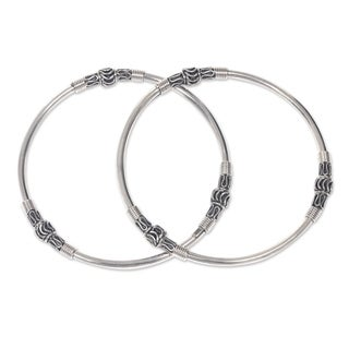 Set of 2 Handmade Sterling Silver 'Kintamani Moon' Bangle Bracelets (Indonesia)