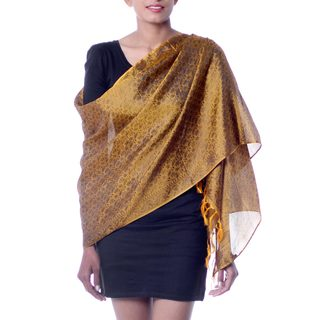 Handcrafted Varanasi Silk 'Golden Dreams' Shawl (India)