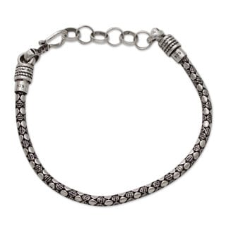 Men's Handcrafted Sterling Silver 'Serpent Shadow' Bracelet (India)