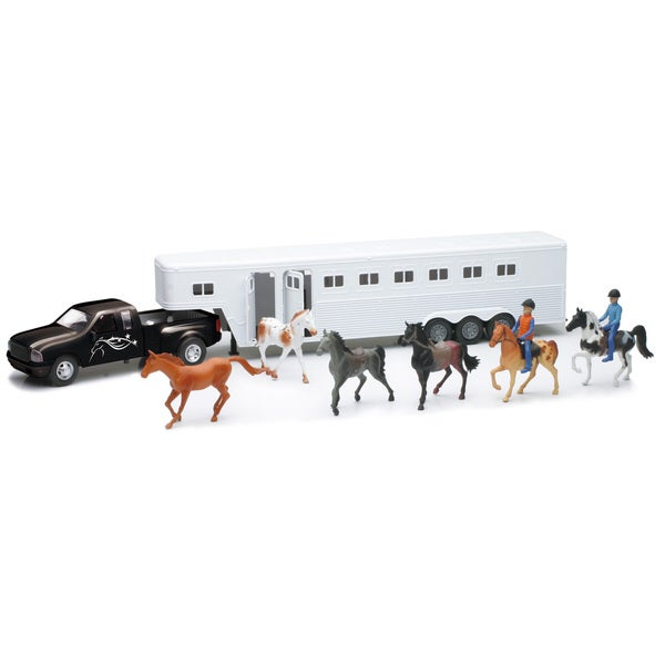 1:32 Scale Black Pickup With Fifth Wheel Model