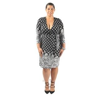 Hadari Women's Plus Size Mid Length Sleeve Plunging V-Neck Paisley Print Wrap Dress
