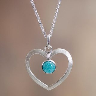 Handcrafted Sterling Silver 'Heavenly Love' Amazonite Necklace (Peru)