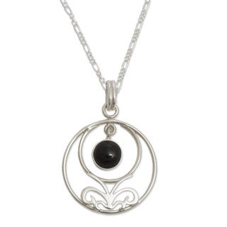 Handcrafted Sterling Silver 'Halo of Grace' Obsidian Necklace (Peru)
