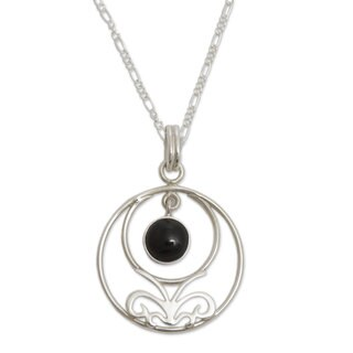 Handmade Sterling Silver 'Halo of Grace' Obsidian Necklace (Peru)