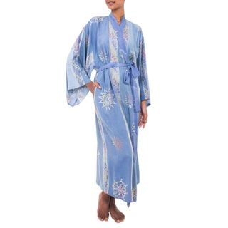 Handcrafted Rayon 'Vintage Baliku' Long Batik Robe (Indonesia)