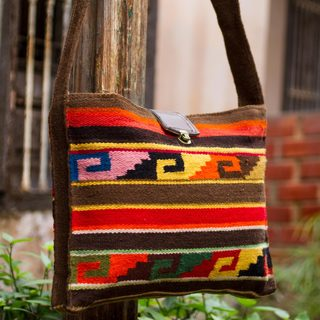 Handcrafted Wool 'Inca Dusk' Shoulder Bag (Peru)