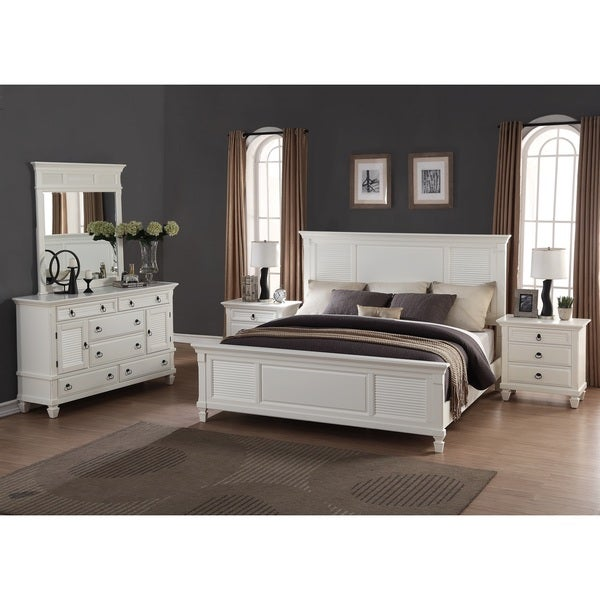 Regitina white 5 piece queen size bedroom furniture set for White bedroom furniture