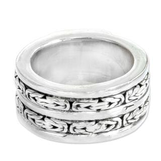 Men's Handcrafted Sterling Silver 'Excellence' Ring (Indonesia)