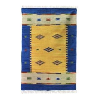 Handmade Wool 'Fireworks' Rug (India) - 4x6