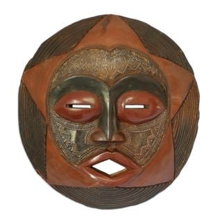 Handcrafted Sese Wood 'Protective Star' African Wall Mask (Ghana)