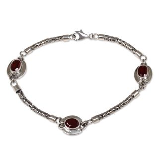 Handcrafted Sterling Silver 'Triple Passion' Garnet Bracelet (Indonesia)