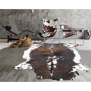 Premium White/Black/Brown 100-percent Argentinean Natural Cow Hide Rug - 5' x 7'