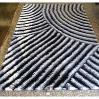 Waves of Zen Silver/Grey/Black Hand-tufted Polyester Modern 3D Shag Area Rug - 5' x 7'
