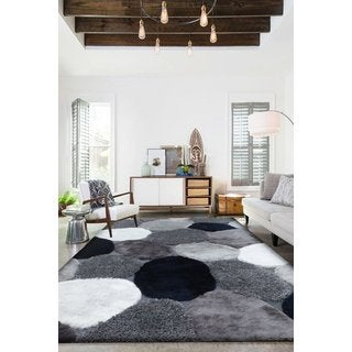 """River Stone Grey/Silvertone/Navy Synthetic Abstract Shaggy Runner Rug (2' x 7'5"""")"""