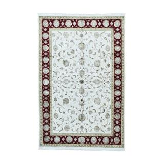 Rajasthan Half Wool and Half Silk Oriental Carpet (5'7 x 8'8)