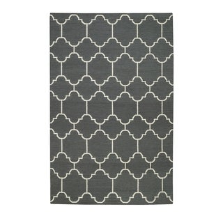 Genevieve Gorder Serpentine Smoke Rectangle Flat Woven Rugs (5' x 8') - 5' x 8'
