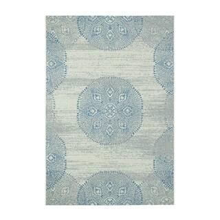 Genevieve Gorder Elsinore-Mandala Blueberry Rectangular Machine-woven Rug (5'3 x 7'6)