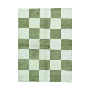 Ivory And Light Green Gabbeh Hand-knotted Rug (5'8 x 7'10)