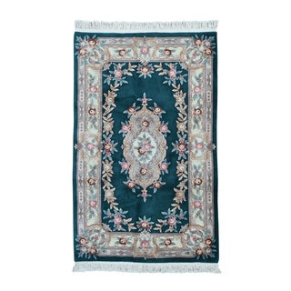 Thick-and-Plush Chinese Wool Hand-Knotted Oriental Rug (5' x 8')