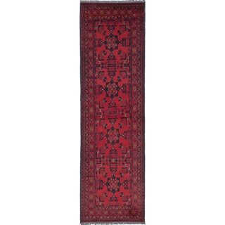 eCarpetGallery Finest Khal Mohammadi Red Hand-knotted Wool Rug - 2'7 x 9'4