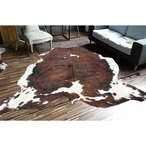 Premium Brown/Black/White 100-percent All-natural Argentinean Cow Hide Rug - 5' x 7'