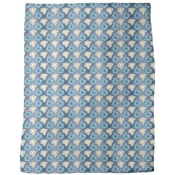Triangle Stars Fleece Blanket