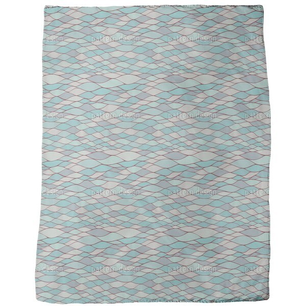 The Opalecence of Water Fleece Blanket