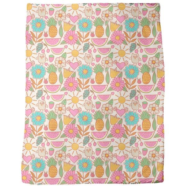 Owls on Vacation Fleece Blanket