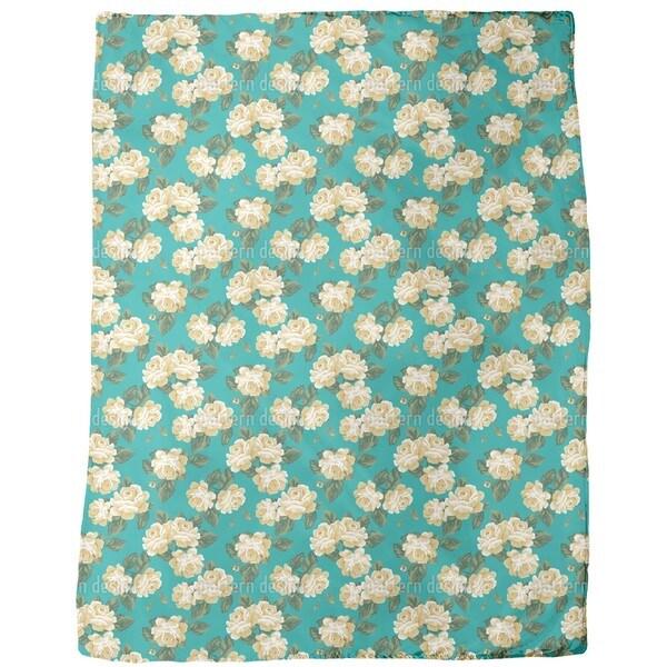 Vintage Rose Bouquet Fleece Blanket