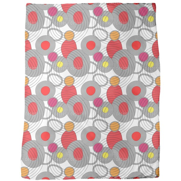 Circle Meeting Fleece Blanket
