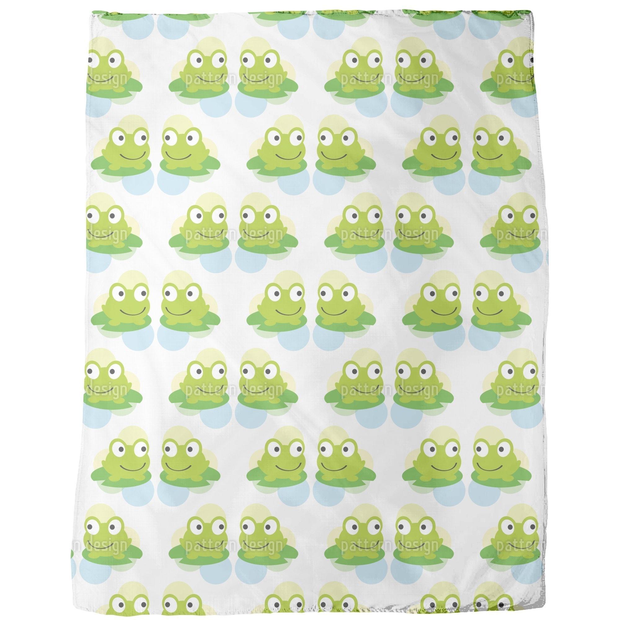 Uneekee Twin Frogs Fleece Blanket (Small), Multi