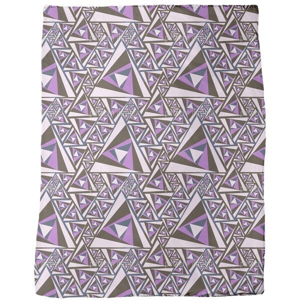 Triangle Rotation Fleece Blanket