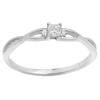 Elora 10k White Gold 1/6ct TDW Princess and Round Diamond Swirl 3-stone Promise Ring (I-J, I2-I3)