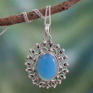 Handcrafted Sterling Silver 'Ancient Blue Sun' Chalcedony Necklace (India)