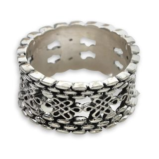 Handcrafted Sterling Silver 'Luck Has It' Ring (Indonesia)