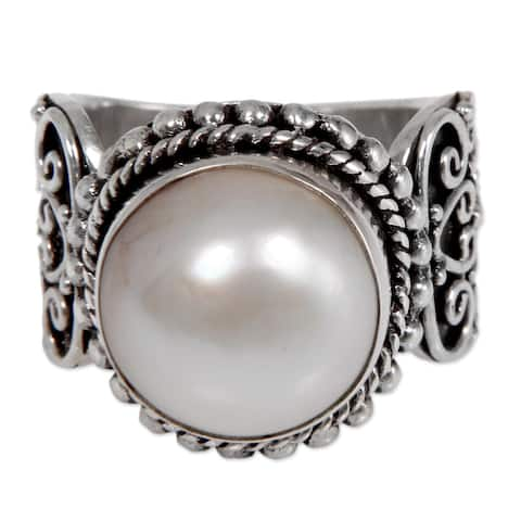 Handmade Sterling Silver 'Purely White' Cultured Pearl Ring (13 mm) (Indonesia)