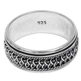 Handcrafted Sterling Silver 'Dragon Scale' Spinner Ring (Indonesia)