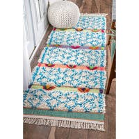 nuLOOM Soft and Plush Handmade Moroccan Trellis Shag Ivory Runner Rug - 2'6 x 8'