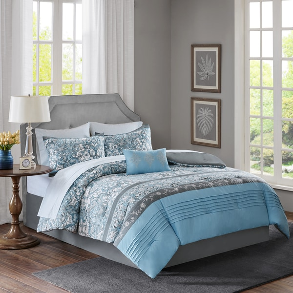 Madison Park Essentials Chelsea Blue Complete Bed and Sheet Set