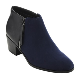 Soda Women's FE07 Faux-leather/ Faux-suede Stacked Block-heel Ankle Booties