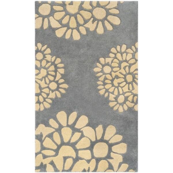 """Martha Stewart by Safavieh Petal Mosaic Grey Floral Wool Rug - 2'6"""" x 4'3"""""""