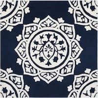 Safavieh Handmade Bella Navy / Ivory Wool Rug - 5' Square