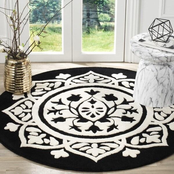 Safavieh Handmade Bella Black / Ivory Wool Rug (5' Round)