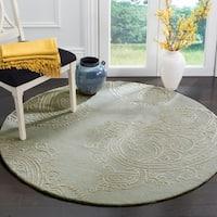 Safavieh Handmade Bella Paisley Silver / Beige Wool Rug - 5' Round