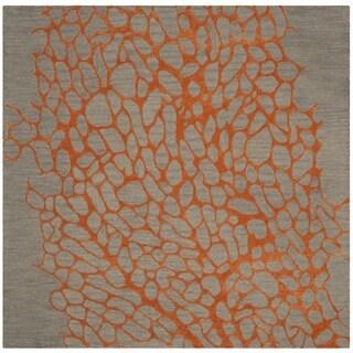 Safavieh Handmade Blossom Abstract Grey / Orange Wool Rug (6' Square)