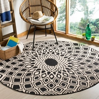 Safavieh Courtyard Optic Black / Beige Indoor/ Outdoor Rug (6' 7 Round)