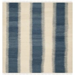 Safavieh Hand-woven Kilim Blue / Ivory Wool Rug (7' Square)