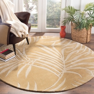 Safavieh Hand-hooked Total Performance Beige Acrylic Rug (6' Round)
